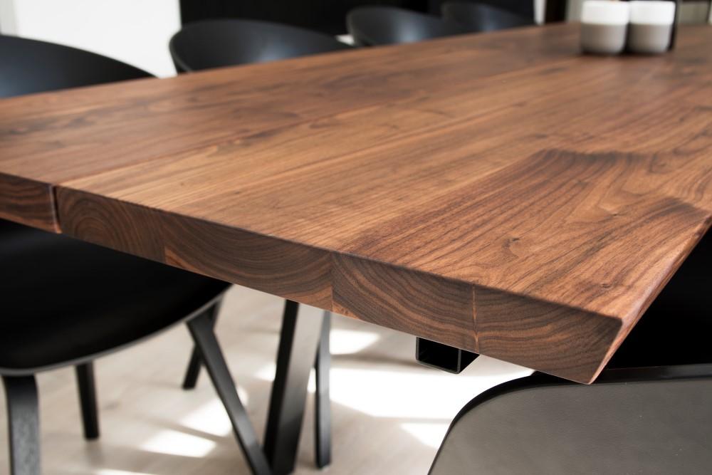 Heimdal plankebord i valnød