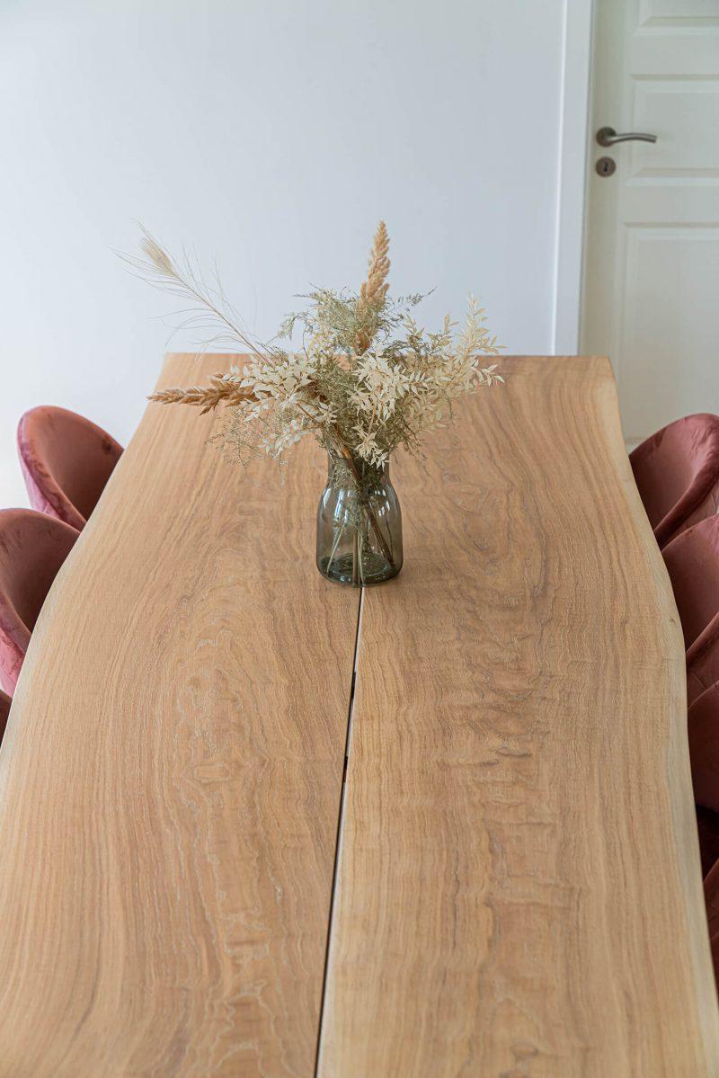 plankebord i lyst olieret eg