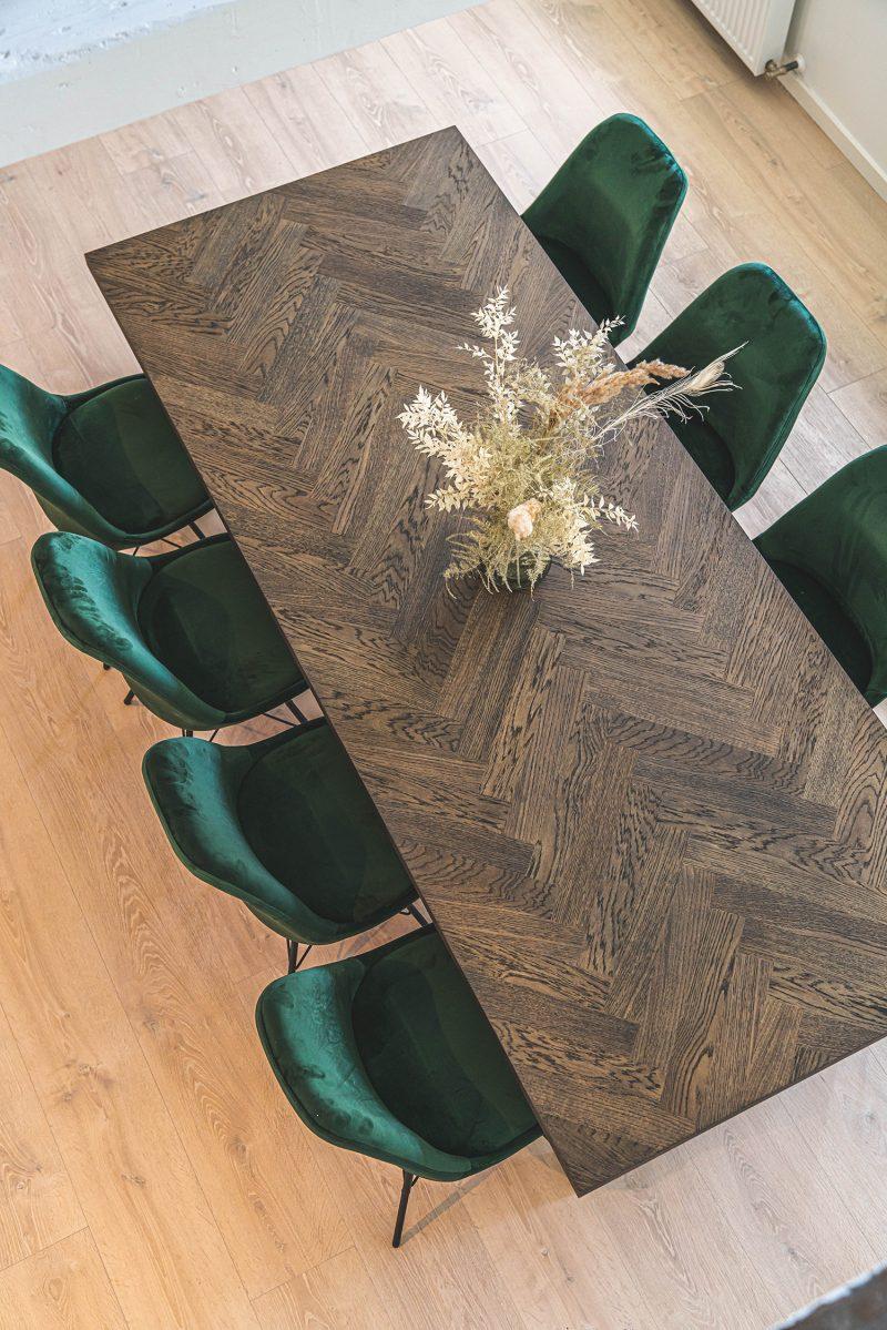 Sildebens plankebord i mørk egetræ